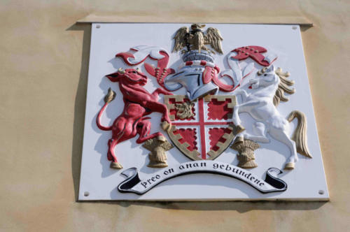 Crest on Town Hall, Deddington