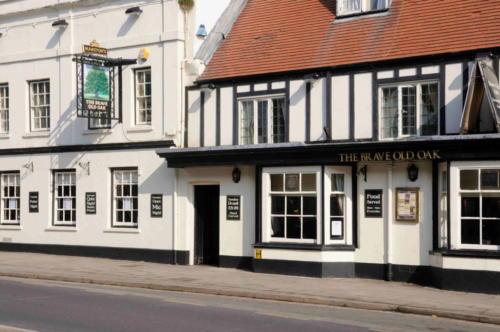The Brave Old Oak, Towcester